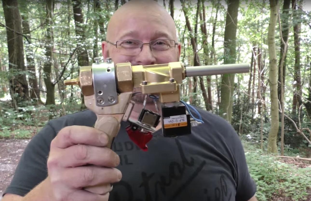 2018 Slingshot >> Video: Ridiculously Powerful Pistol Size Pneumatic Arrow Launcher | OutdoorHub