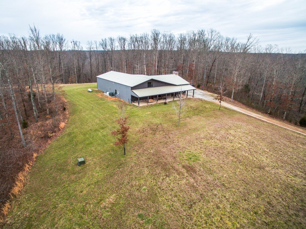 For Sale Jason Aldean S Country Ranch Is A Hunter S