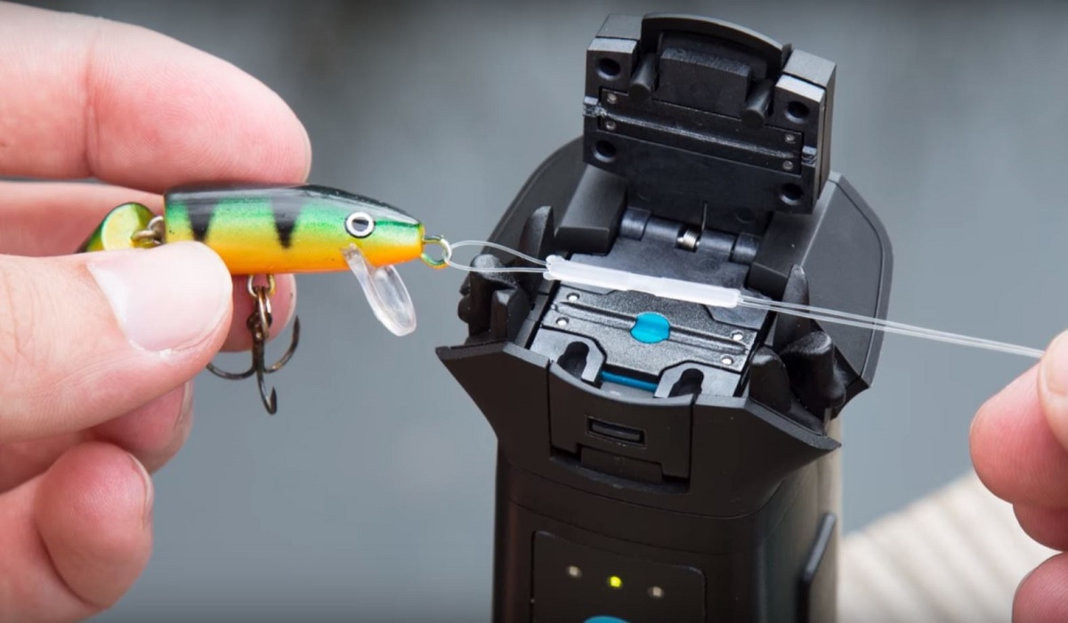 Video Never Tie Another Fishing Knot Again With This