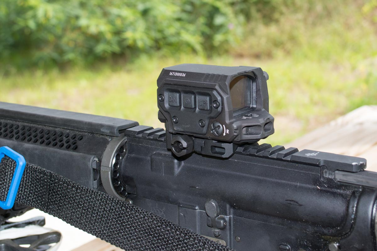 I tested the R1X on a Rock River Arms LAR-15 equipped with a SilencerCo Saker 556 suppressor.