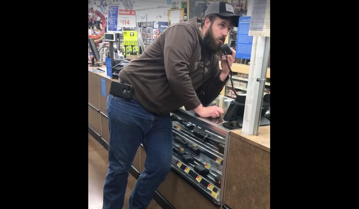 Video frustrated hunter shopping at walmart grabs pa and for Fishing license va walmart