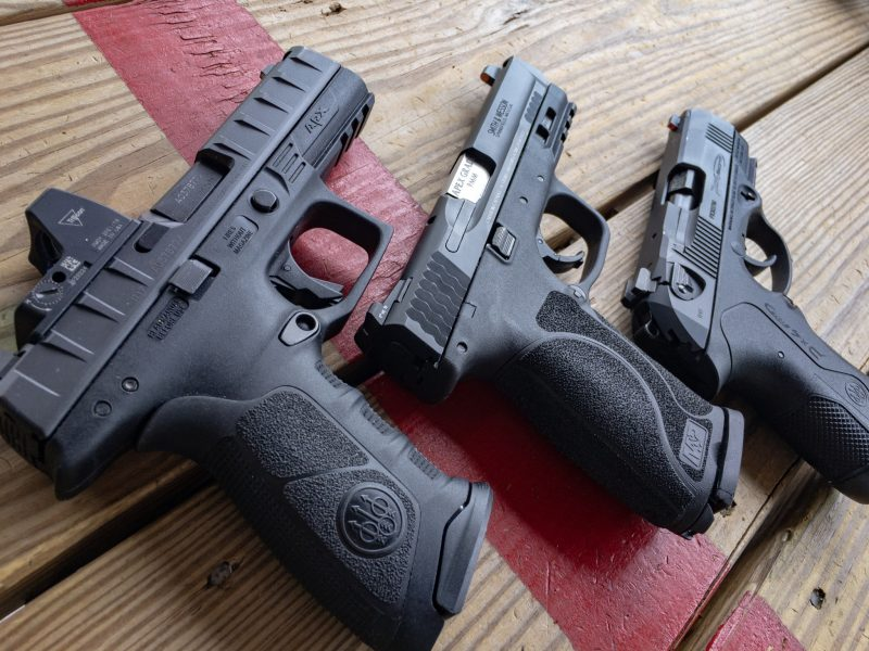 With these three pistols, a Beretta APX RDO, Smith & Wesson M&P 2.0, and Beretta PX4 Compact Carry, I was set up to do some hands-n testing of different sighting methods.