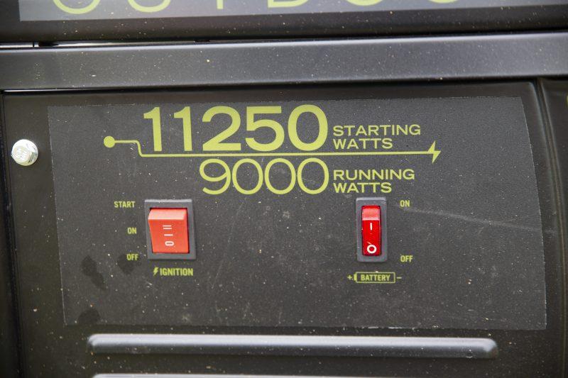 Cabela's Outdoorsman 9000/11250-Watt Generator 1